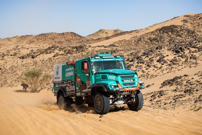 505 Van Kasteren Janus (nld), Rodewald Darek (pol), Snijders Marcel (nld), Iveco, Petronas Team de Rooy Iveco, Truck, Camion, action during Stage 8 of the Dakar 2020 between Wadi Al-Dawasir and Wadi Al-Dawasir, 713 km - SS 474 km, in Saudi Arabia, on January 13, 2020 - Photo Francois Flamand / DPPI