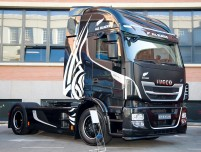Iveco_EmotionalTrucks_AllBlacks