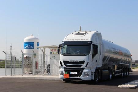 RAG otvírá první ekologickou benzínku v Rakousku