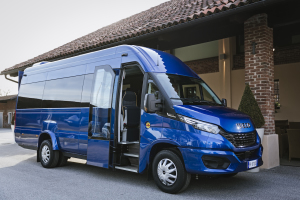 12-IVECO_NewDaily_minibus