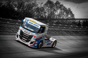 IVECO S-WAY R racing trucks2